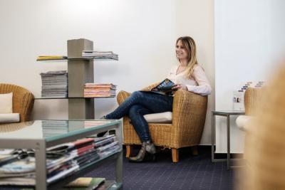 Mund-, Kiefer- und Gesichtschirurgie Hannover - Bothe - Wartezimmer unserer Praxis