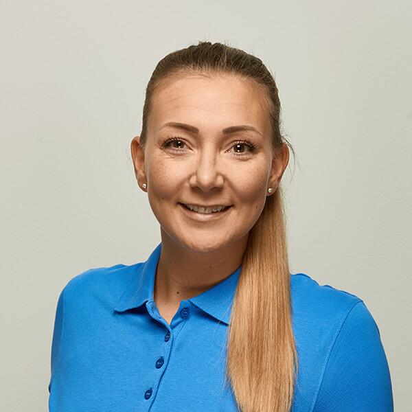 Mund-, Kiefer- und Gesichtschirurgie Hannover - Bothe - Team - Frau C. Bielefeld